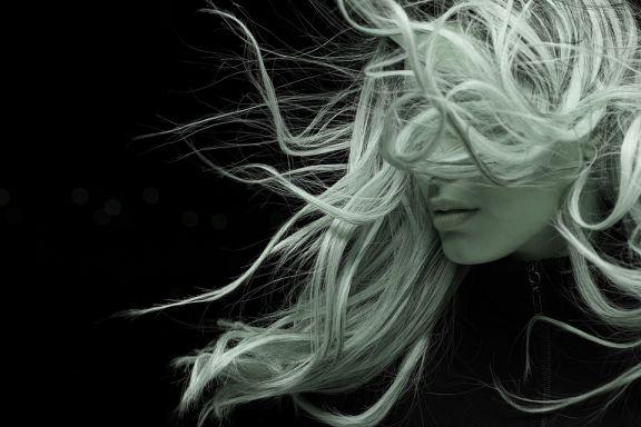 كيف تجعلين شعرك ينمو بسرعة