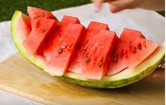 هل البطيخ صديق للحمية الكيتونية؟