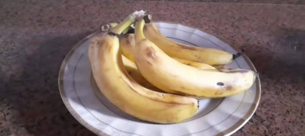 هل يسبب الموز الامساك
