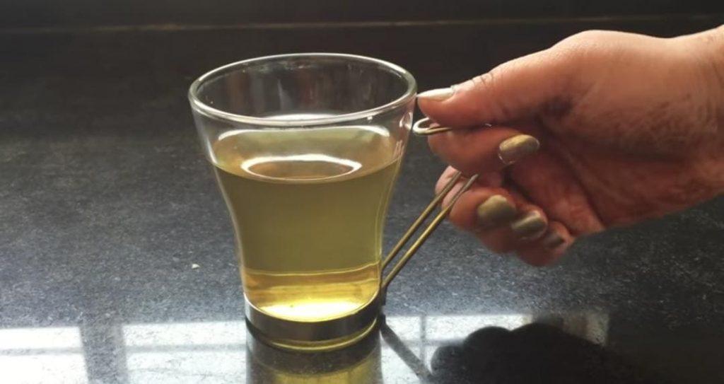 هل هناك وقت محدد لشرب الشاي الاخضر